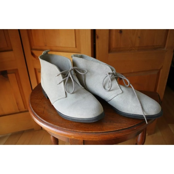 Vintage Other - Vintage Gray Suede Chukka Desert Boot GrayShoes